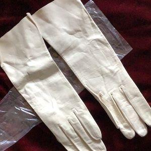 Accessories - Vintage Kid leather evening gloves.